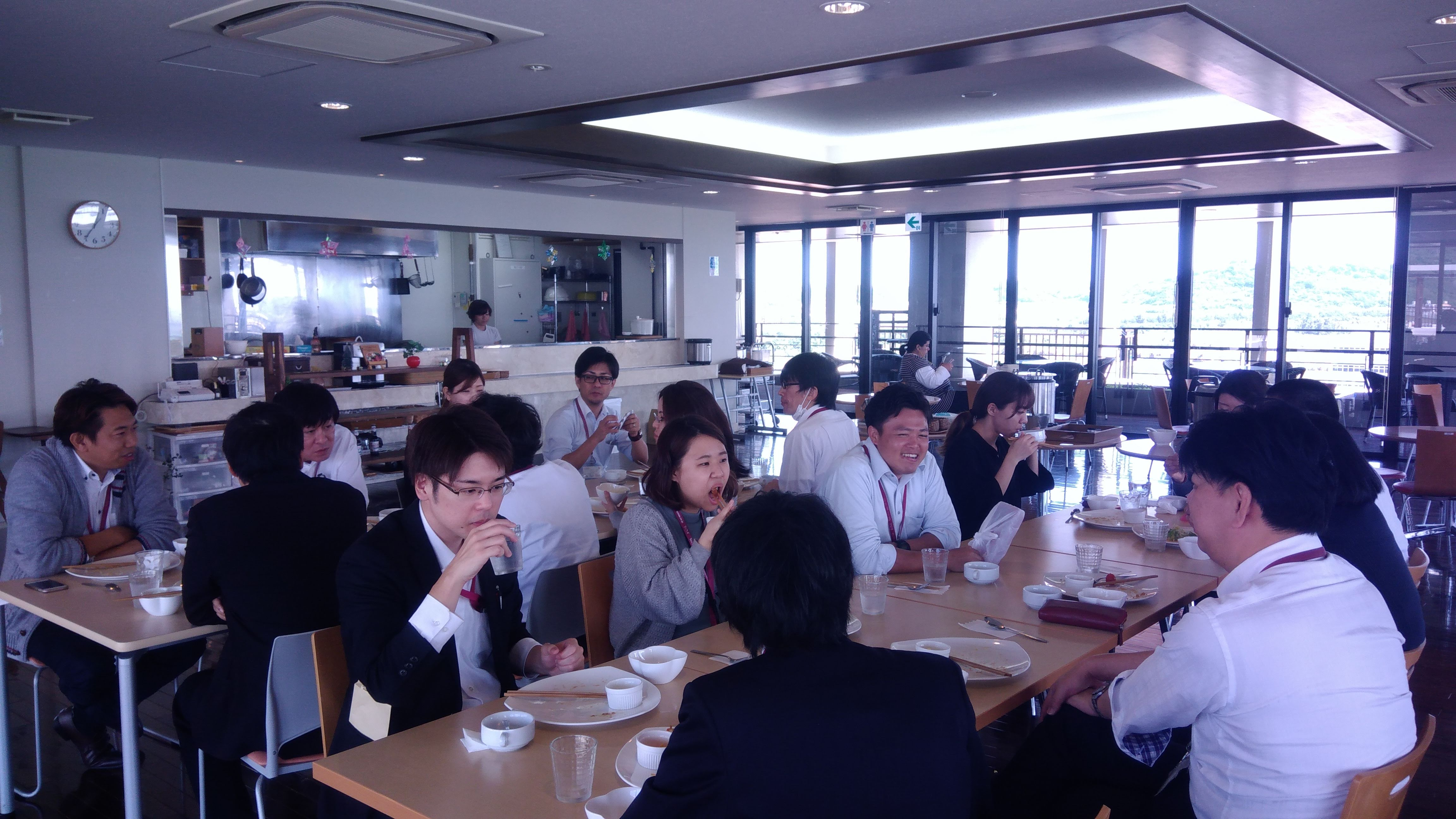 LunchMeeting1